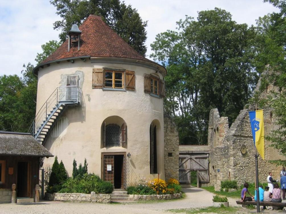 Das Bittelschießer Täle und die Ruine Hornstein ... Hornstein